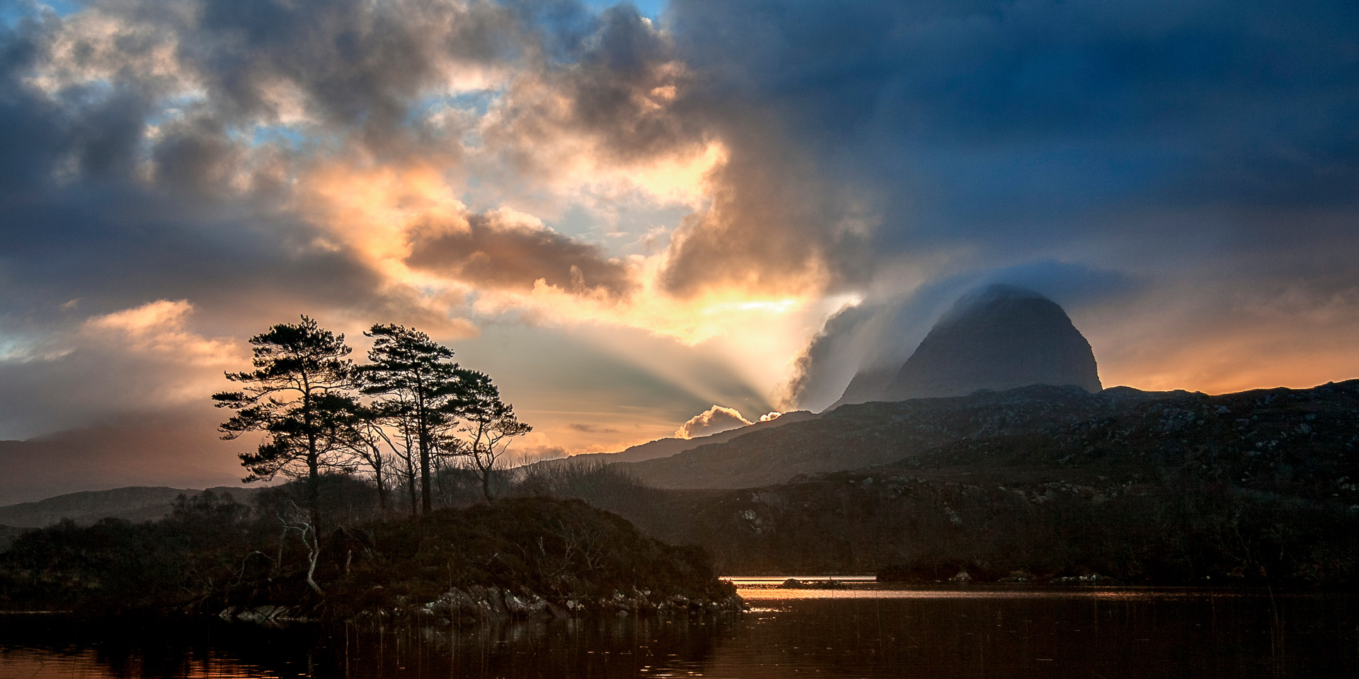 Image of Suilven by John McCarthy of Lochinver Landscapes